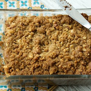 Whole Wheat Banana Bread with Walnut Crumble