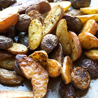 Rosemary Garlic Roasted Fingerling Potatoes