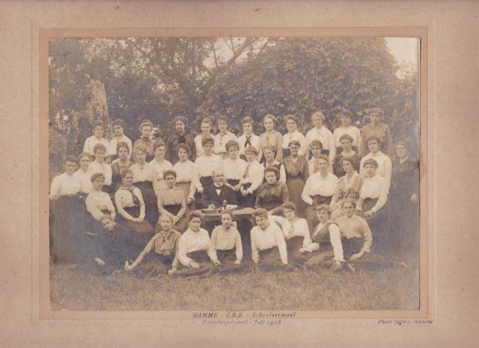 Hamme CRB schooleetmaal toezichtspersoneel Juli 1918
