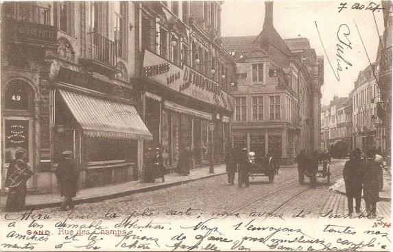 A L'Innovation, veldstraat, Gent (postkaart verzonden in 1907).