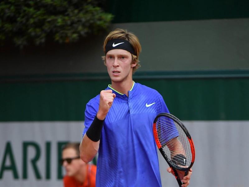 Viyana Açık 2019 tenis turnuvasında kimler var, turnuvanın detayları nedir, hepsi yazımızda. ATP Viyana Açık 2019 bahis analizi Youwin tenis