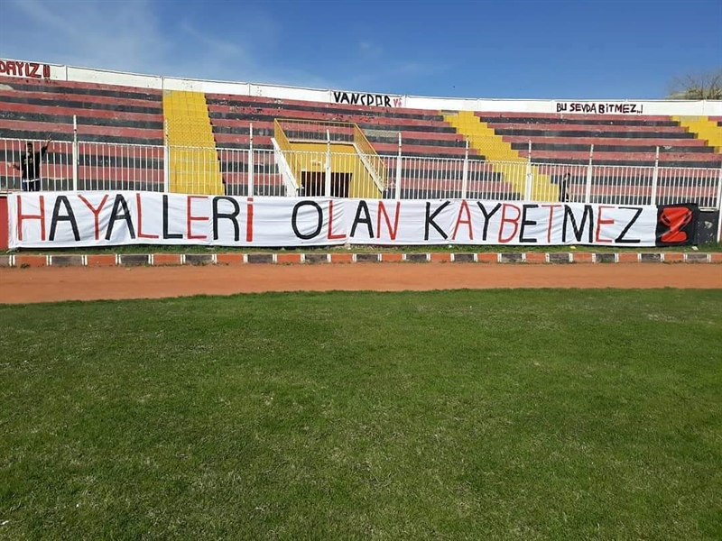 Beşiktaş'ın deplasmanda 24 Erzincanspor ile, Fenerbahçe'nin İstanbulspor ile karşılaşacağı Türkiye Kupası 5. Tur rövanş maç programı ve bahis analizi