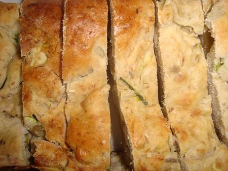 Cake au thon façon Okinawa. une recette santé,légère et diététique avec un poisson gras qui vous donnera les oméga dont vous avez besoin .