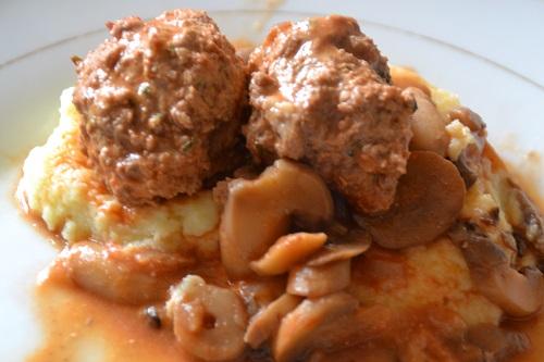 Recette boulettes de porc à la tomate. Une recette économique,légère,rapide à réaliser.Se faire plaisir sans grossir