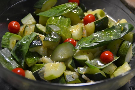 Salade courgettes chèvre basilic cookeo