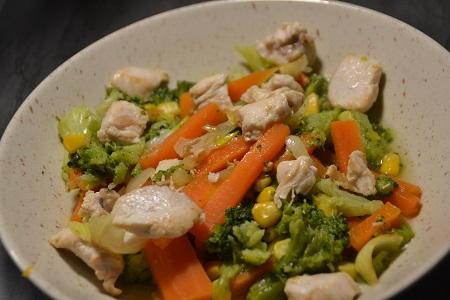 Brocolis maïs carottes poulet cookeo