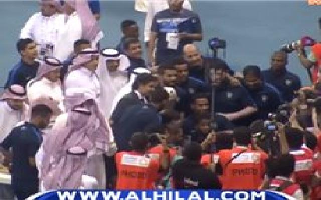 بالفيديو:تتويج أولمبي الهلال بلقب كأس دوري الأمير فيصل بن فهد 2017