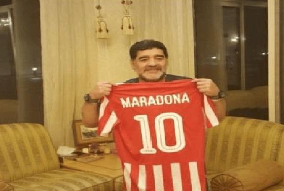 رسميا.. مارادونا يدرب نادي الفجيرة بالدرجة الثانية في الإمارات
