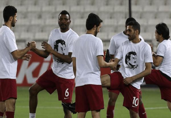 """عقوبات تأديبية مُنتظرة على لاعبي قطر بسبب قميص """"تميم المجد"""""""