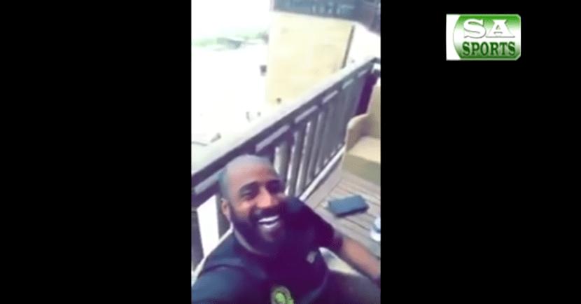 بالفيديو..موقف طريف من شايع شراحيلي مع وليد عبدالله في معسكر النصر