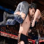 بالفيديو.. مصارع ياباني يكسر أنف منافسه بحركة عنيفة!