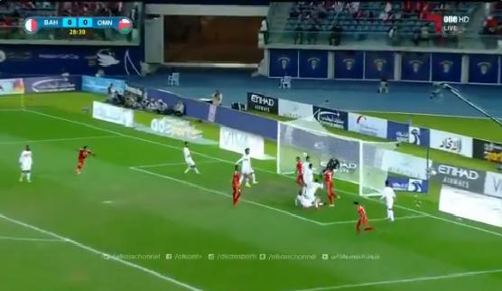 بالفيديو.. منتخب عمان يتأهل إلى نهائي كأس الخليج 23
