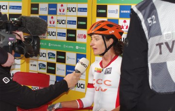 Marianne Vos repondanten direct a la tv