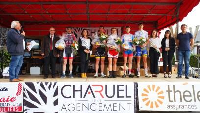 Le podium des 3emes categories et juniors