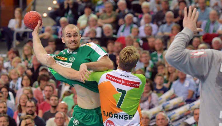 Maximilian Janke - SC DHfK Leipzig vs. HSG Wetzlar - Foto: Rainer Justen