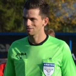 Meciurile și arbitrii primei etape a Ligii a IV-a Arad: Ardelean împarte dreptatea în Păuliș - Crișul