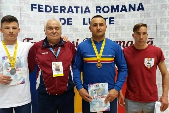 Gligor, Petrovici și Popa, medalii la naționalele de juniori de lupte greco-romane