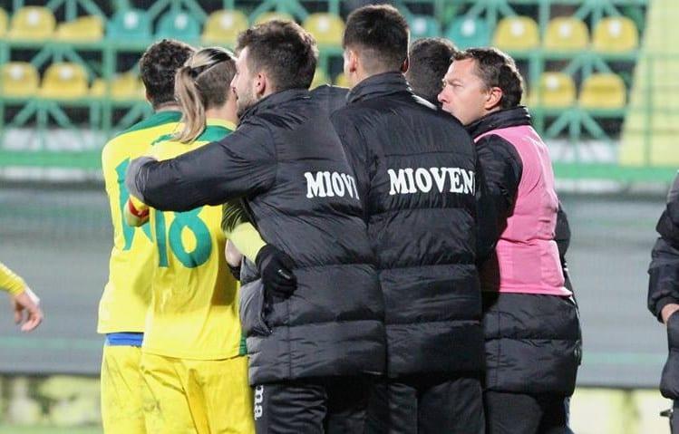 Liga a II-a, etapa a 32-a: Schimbarea lui Roșu de bun augur, Mioveniul și-a adjudecat la ultima fază derby-ul județului Argeș!
