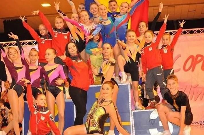Gimnaștii de la CS Universitatea și Urania s-au întors cu 14 medalii de la Openul Slovaciei
