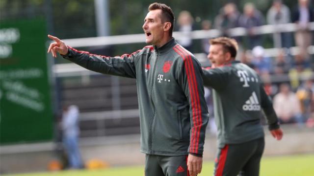 FC Bayern: U17-Trainer Miroslav Klose im Interview über Flick ...