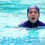 Pentingnya Baju Renang Saat Berenang