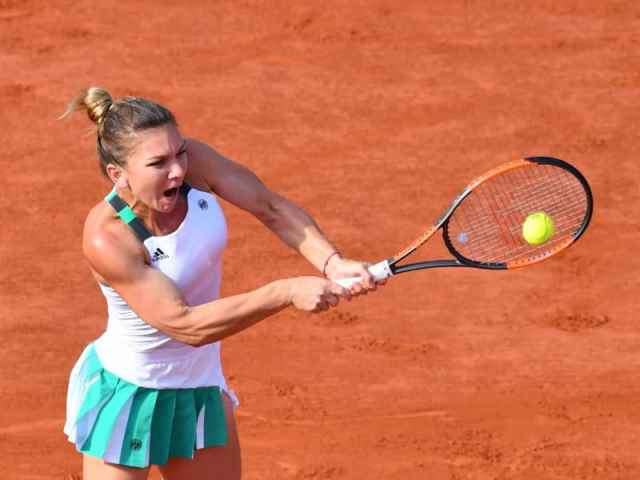PARIS, FRANCE - JUNE 08: Simona Halep of Romania in action against Karolina Pliskova of Czech Republic during their semifinal final match of the French Open tennis tournament at the Roland Garros stadium in Paris, France on June 08, 2017. Mustafa Yalcin / Anadolu Agency / SPORT PICTURES