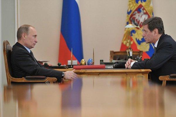 Vladimir Poutine et Alexander Zhukov