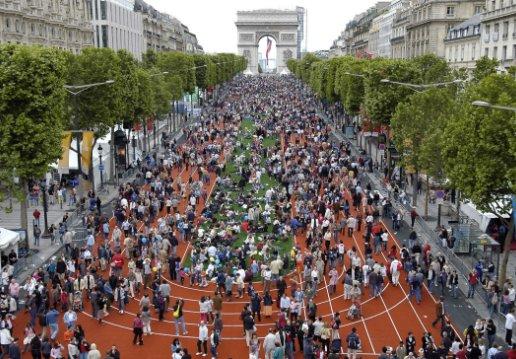 Paris 2012 - foule Champs Elysées