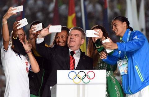 Thomas Bach - selfie