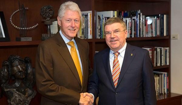 Bill Clinton et Thomas Bach