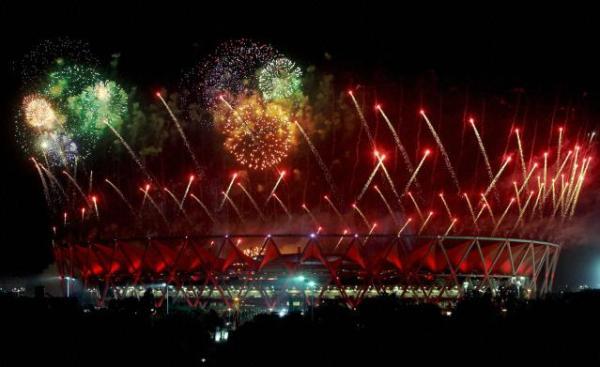 Jeux du Commonwealth 2010 - feu d'artifice de la Cérémonie de clôture