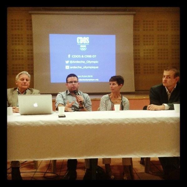 Intervention aux côtés de Alain ARVIN BEROT, Claire EUVRARD et Sébastien BUISINE (Crédits - CDOS Ardèche)