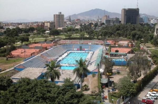Vue de la Piscine Olympique du Campo de Marte (Crédits - Wikimapia)
