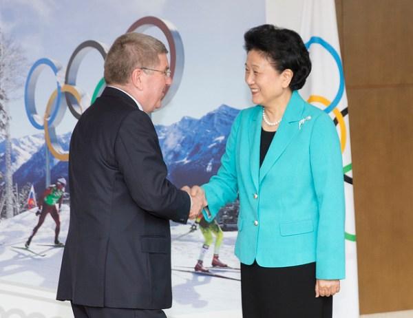 Thomas Bach, Président du CIO, et Liu Yandong, vice-Premier Ministre de la République Populaire de Chine (Crédits - CIO / Ian Jones)
