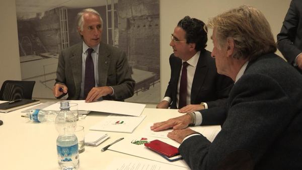 De gauche à droite, Giovanni Malago, Président du CONI ; Santiago Calatrava, architecte et Luca di Montezemolo, Président de Rome 2024 (Crédits - Rome 2024)