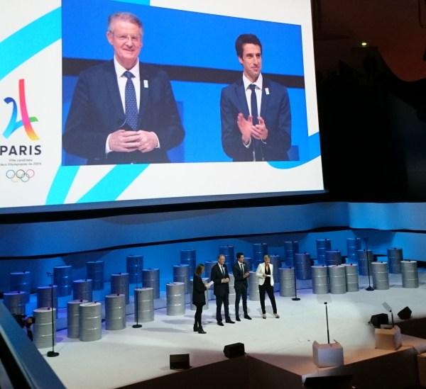 Bernard Lapasset et Tony Estanguet, le 17 février 2016 (Crédits - Sport & Société)