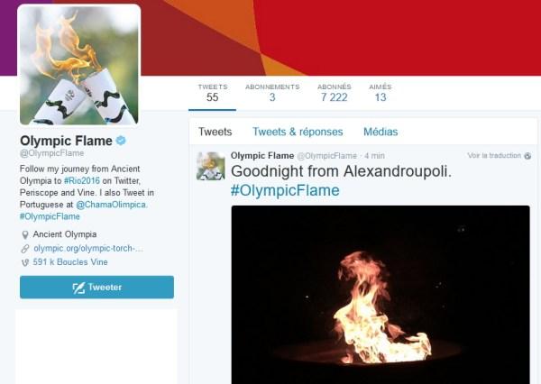 Les comptes Twitter de la flamme olympique vont notamment mentionner les villes traversées par les relayeurs (Crédits - Capture d'écran Sport & Société)