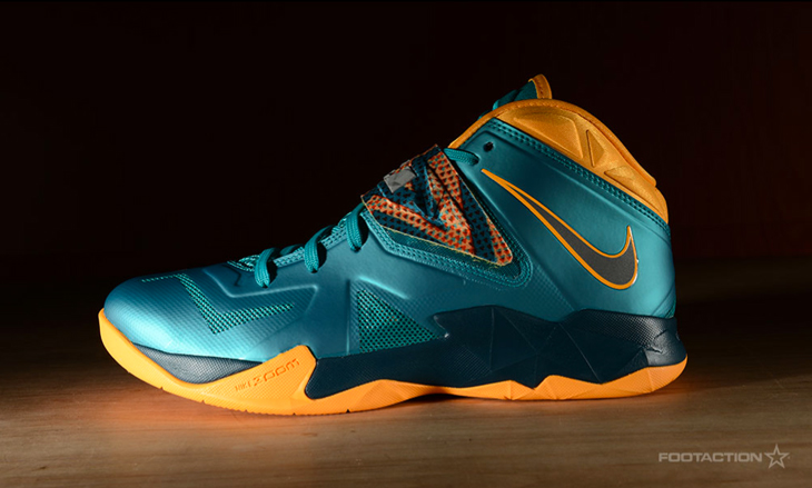 best cheap d7a27 bc857 Nike LeBron Zoom Soldier VII Turbo Green Atomic Mango ...