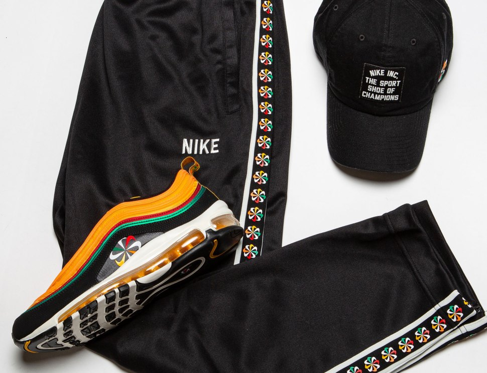 save off 08b03 90015 Nike Sunburst Sneakers Clothing Shirts and Hat to Match ...