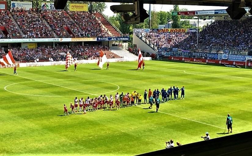 Saisonauftakt 3. Liga: Energie Cottbus besiegt Hansa Rostock