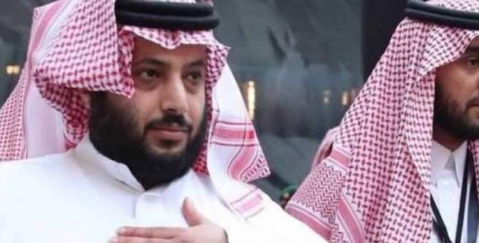 Pictures Turki Al - Sheikh delete his comment on the game Ahli and Zamalek at the top