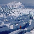 Doi clujeni vor să străbată un gheţar din Islanda pe schiuri