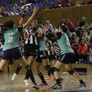 Handbal feminin: Universitatea Cluj a câștigat meciul cu CSM Târgu-Mureș și are șanse mai mari să rămână în Liga Florilor
