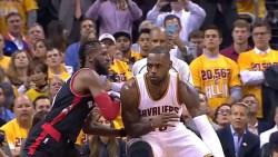 James Scores 38, Cavaliers Rout Raptors 125-103 in Game 2