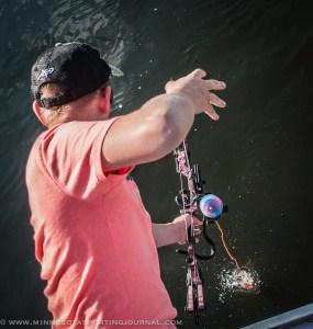 61014 - bowfishing carpe diem curt wells_-13