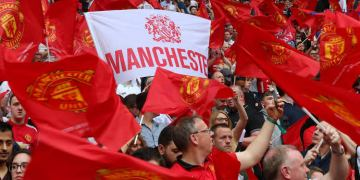Man Utd fined 20,000 for failing to control their players