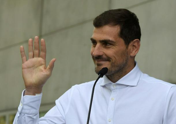 Casillas weighing run for Spanish football presidency: media