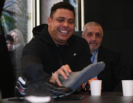 46de7a31ecae Ronaldo De Lima Ronaldo De Lima. Brazilian icon and legendary striker  Ronaldo has unveiled a new range of Nike boots to celebrate the 20th  anniversary ...