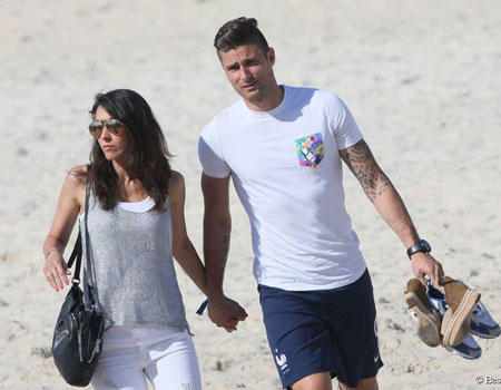 It S Summer Blues For Giroud Wife In Post World Cup Holiday Sporting Tribune