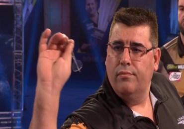 De Sousa bezorgt van den Bergh eerste nederlaag toe